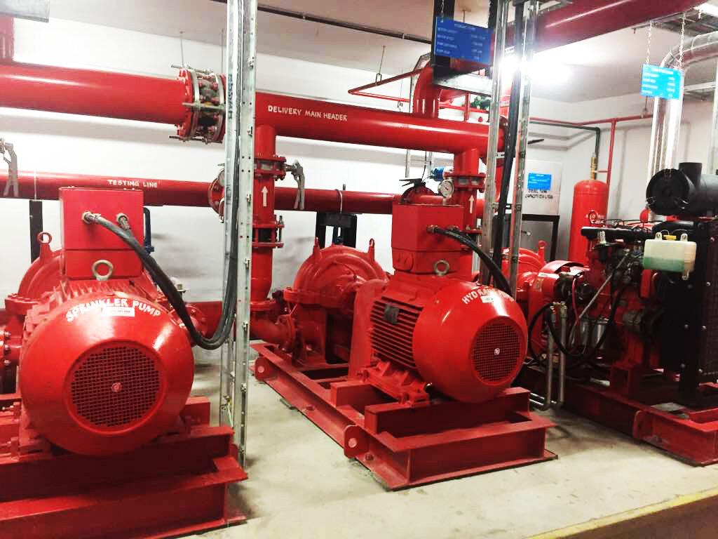 Heavy duty water pumps
